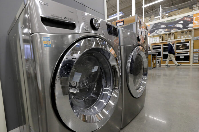 U.S. DURABLE GOOD orders rose 1.2% in February. / AP FILE PHOTO/STEVEN SENNE