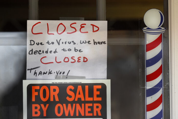 LAST WEEK alone, 6.6 million Americans have file for jobless benefits. / AP FILE PHOTO/PAUL SANCYA