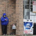 U.S. JOBLESS CLAIMS totaled 4.4 million las week. / AP FILE PHOTO/NAM Y. HUH