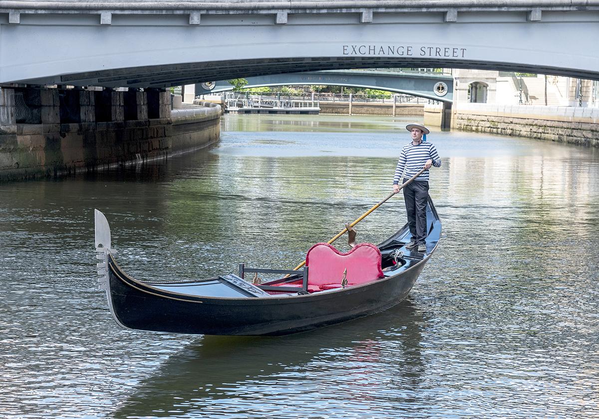 La Gondola Providence adds Venetian flavor - Providence ...