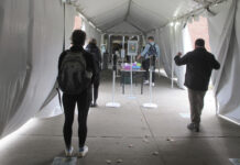 AS CORONAVIRUS cases are surging around the U.S., some colleges and universities are rethinking some of their plans for next semester. / AP FILE PHOTO/LISA RATHKE