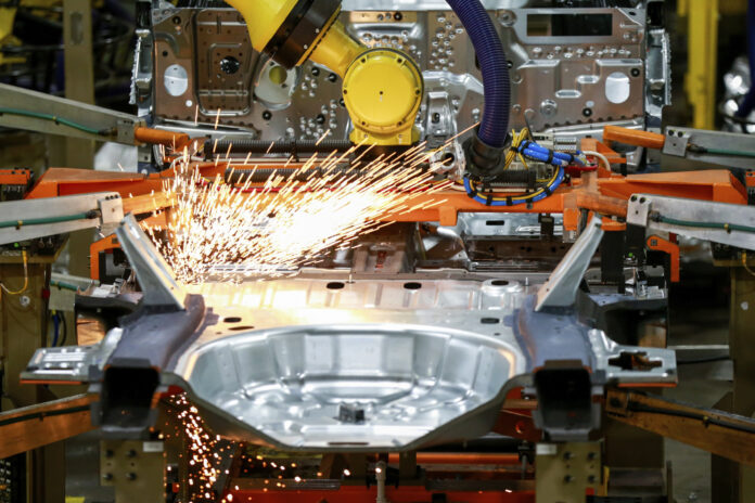 THE INSTITUTE FOR SUPPLY MANAGEMENT The Institute for Supply, an association of purchasing managers, reported that its manufacturing index climbed to 60.8 in February from 58.72 in January. / AP FILE PHOTO/AMR ALIFKY
