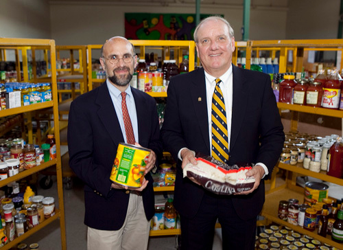 Oceanpoint Financial Gives 25k To Rhode Island Community Food Bank