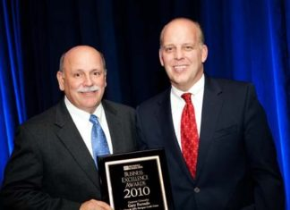 Honoree Gary Furtado, President and CEO of Navigant Credit Union and PBN Publisher, Roger Bergenheim