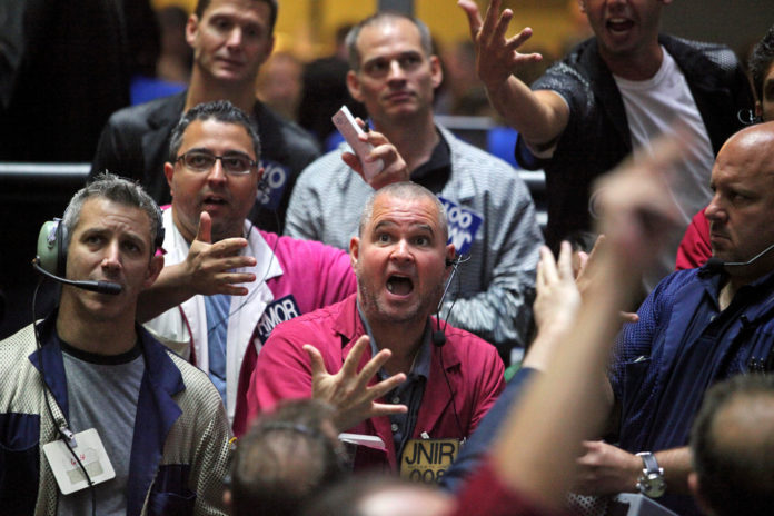 STOCK FUTURES ADVANCED in the U.S. following the biggest decline since June.  / BLOOMBERG FILE PHOTO/TIM BOYLE