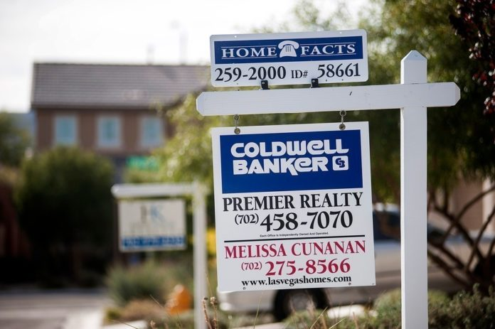 NEW HOME SALES in the U.S. fell in July by the most in more than three years. / BLOOMBERG FILE PHOTO/JACOB KEPLER
