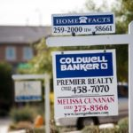 SALES OF EXISTING HOMES fell 3.2 percent in October, according to the National Association of Realtors, indicating that limited inventory and higher mortgage rates have hindered teh housing-market recovery. / BLOOMBERG FILE PHOTO/JACOB KEPLER