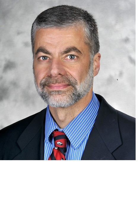 Dr. Paul E. Morrissey, who was recently honored by his peers as an outstanding physician at Rhode Island Hospital, is a renowned transplant surgeon. In honor of National Organ Donation Month, Morrissey spoke with PBN about organ donation issues.      / WILLIAM MURPHY/LIFESPAN