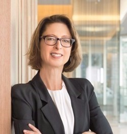 "ABIGAIL P. JOHNSON will succeed her father, Edward C. ""Ned"" Johnson, as chairman of Fidelity Investments, taking full control of the money management giant, the Boston-based company announced. / COURTESY GREATER PROVIDENCE CHAMBER OF COMMERCE"