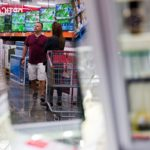 CONSUMER CONFIDENCE jumped to the highest level since 2004, extending a surge in Americans' optimism for their finances and the U.S. economy following Donald Trump's election victory. / BLOOMBERG NEWS PHOTO