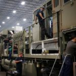 U.S. manufacturing expanded in December at the fastest pace in two years. / BLOOMBERG NEWS PHOTO
