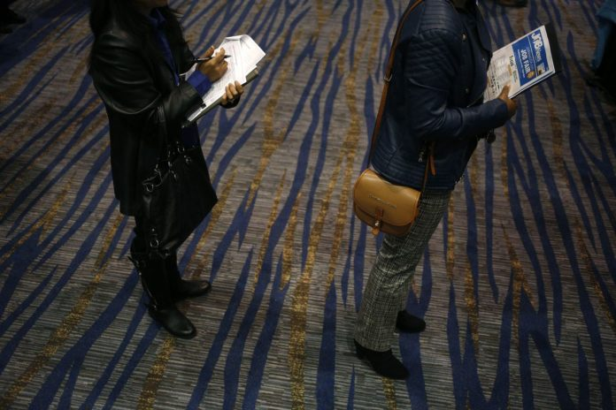 U.S. PAYROLL gains slowed in March while the jobless rate unexpectedly dropped to the lowest in almost a decade, suggesting the labor market is returning to a more sustainable pace of progress. /BLOOMBERG NEWS PHOTO/ LUKE SHARRETT