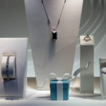 TIFFANY & CO. INCREASED first quarter profit year over year, but missed sales estimates. Above: Jewelry is displayed in the window of a Tiffany & Co. store on Fifth Avenue in New York, U.S., on Wednesday, March 18, 2015. BLOOMBERG / VICTOR J. BLUE