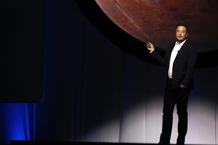 ELON MUSK, CEO of Space Exploration Technologies Corp. / BLOOMBERG FILE PHOTO/SUSANA GONZALEZ