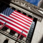THE DOW JONES INDUSTRIAL AVERAGE has breached 22,000. / BLOOMBERG FILE PHOTO/MICHAEL NAGLE