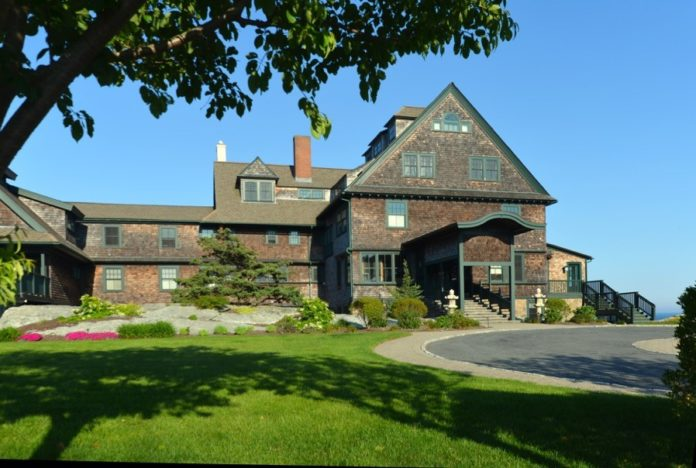 A CONDOMIUM AT THE former mansion Bancroft on the Bluffs in Middletown has been sold for $1.9 million. / COURTESY HOGAN ASSOCIATES