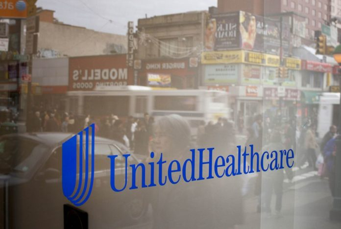 UNITEDHEALTH GROUP will buy DaVita Inc.'s physician network business for $4.9 billion. / BLOOMBERG FILE PHOTO/MICHAEL NAGLE