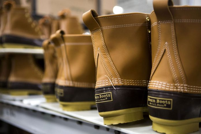 L.L. BEAN HAS CUT BACK on its lifetime satisfaction guarantee, citing abuse of the policy. / BLOOMBERG FILE PHOTO/SHIHO FUKADA