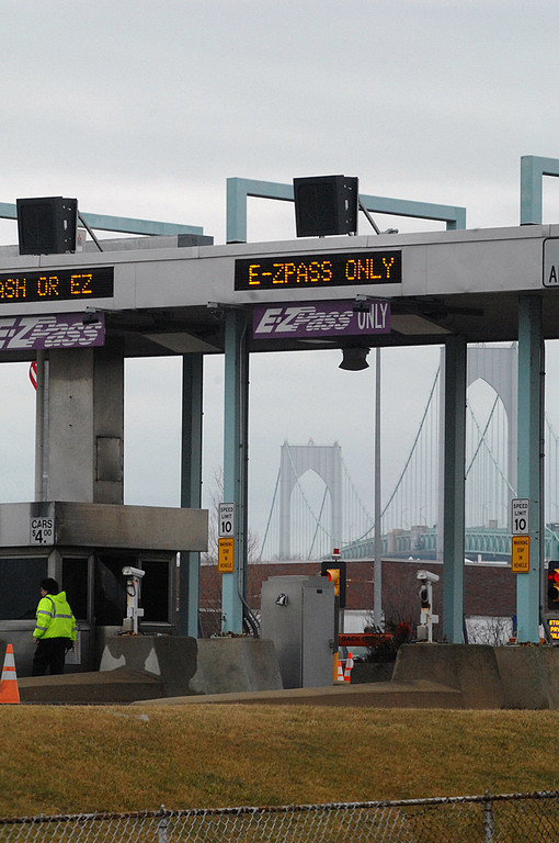 E-ZPASS TRANSPONDERS are now sold at the welcome center on Interstate 95 in Richmond. / PBN PHOTO/BRIAN MCDONALD