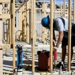 HOMEBUILDERS REMAIN CONFIDENT that demand for new homes will be strong even if interest rates rise as expected. / BLOOMBERG NEWS FILE PHOTO/CAITLIN O'HARA