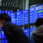 THE DOW JONES industrial Average lost more than 700 points Thursday. / BLOOMBERG FILE PHOTO/AKIO KON