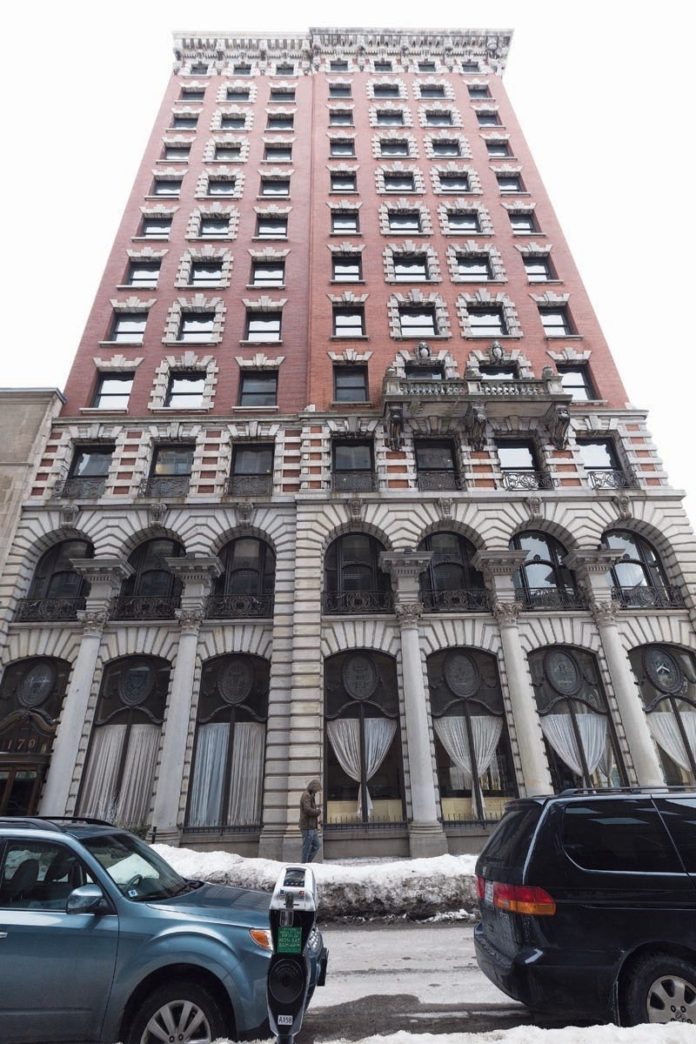 PROVIDENCE CAPITAL III LLC, owner of the Union Trust Building at 170 Westminster St. in downtown Providence, which is being converted to a mixture of residential apartments, offices and restaurant space, is seeking a 15-year tax-stabilization agreement with the city that would lower the initial property taxes. / COURTESY JUST ASK/SCOTT KINGSLEY