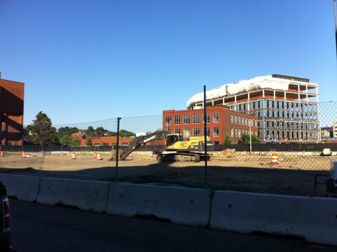 CONSTRUCTION OF the Garrahy Garage has begun in the Jewelry District of Providence. / PBN PHOTO/MARY MACDONALD