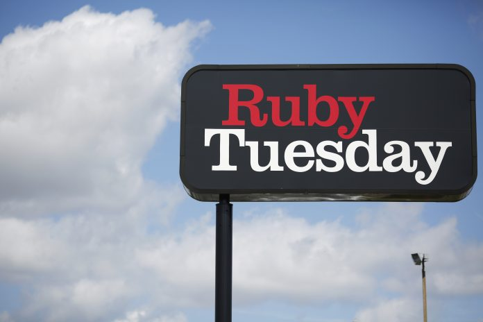 BOTH REMAINING RUBY TUESDAY restaurants have abruptly closed in Rhode Island amid a company restructuring. / BLOOMBERG NEWS FILE PHOTO/LUKE SHARRETT