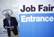 UNITED STATES jobless claims decreased by 3,000 to 201,000 last week. / BLOOMBERG NEWS FILE PHOTO/LUKE SHARRETT