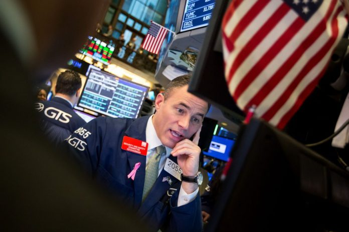 THE S&P 500 has posted the third-worst Thanksgiving week since 1939. / BLOOMBERG NEWS FILE PHOTO/MICHAEL NAGLE