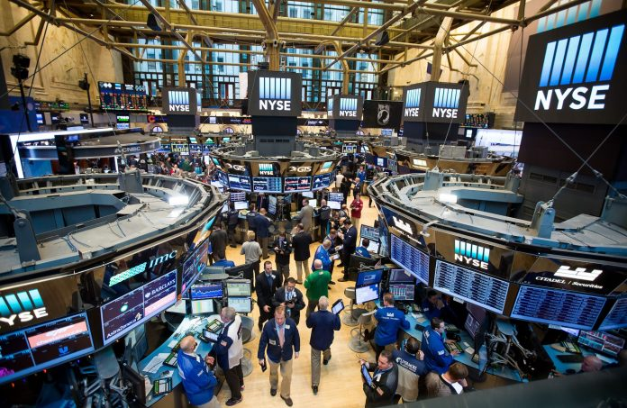 AFTER NEARLY A WEEK of collapsing stock prices, investors were cheered by a significant gain in U.S. equity markets partway through Wednesday trading. / BLOOMBERG NEWS FILE PHOTO/MICHAEL NAGLE