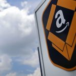 AMAZON.COM is reportedly close to agreements that would split the new headquarters between two locales, the Crystal City area of Arlington, in Northern Virginia, and Long Island City, in the New York borough of Queens. / BLOOMBERG NEWS FILE PHOTO/JIM YOUNG