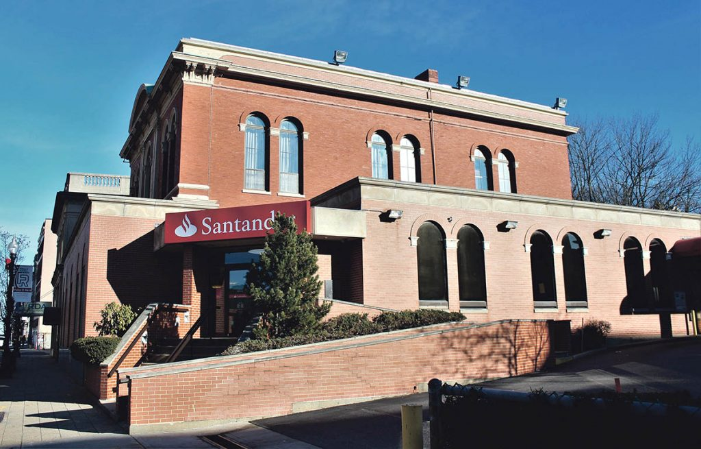 141 North Main St. (1978)