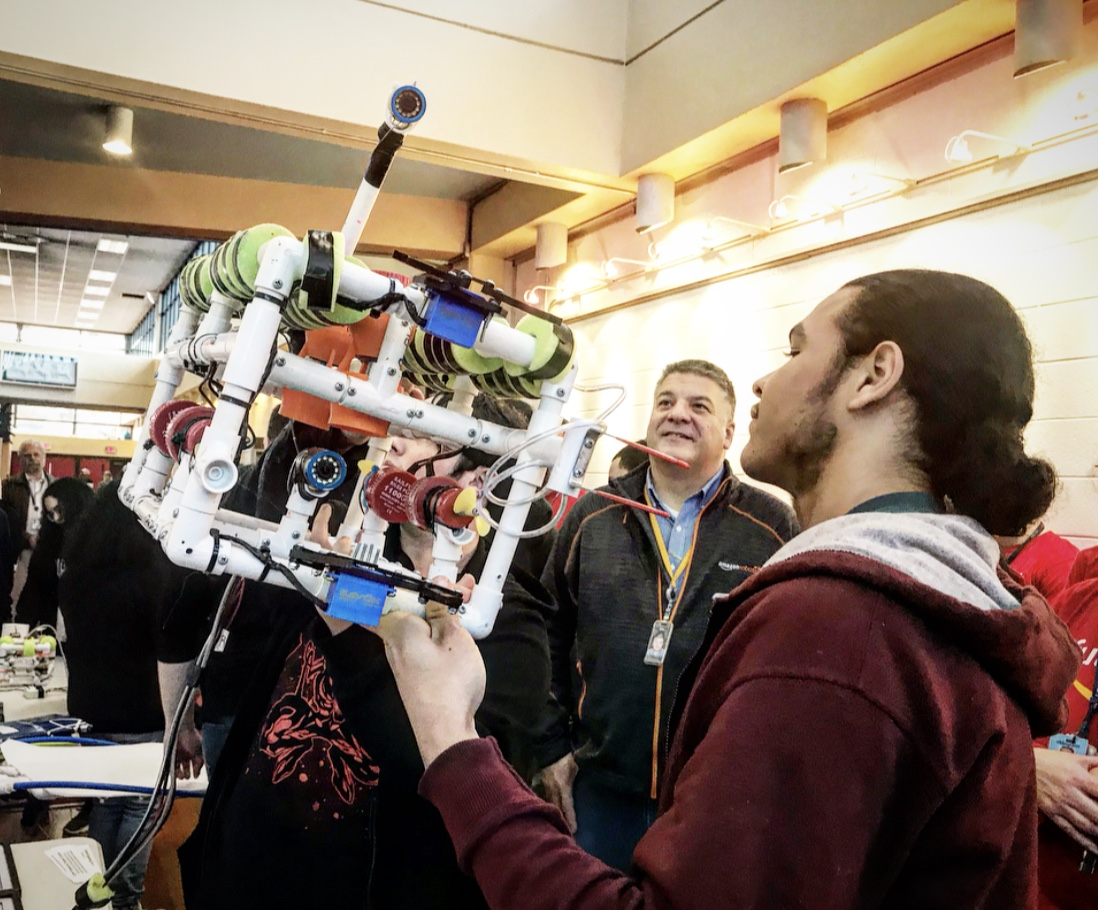Amazon awards Durfee High School $15K for STEM education, robotics -  Providence Business News