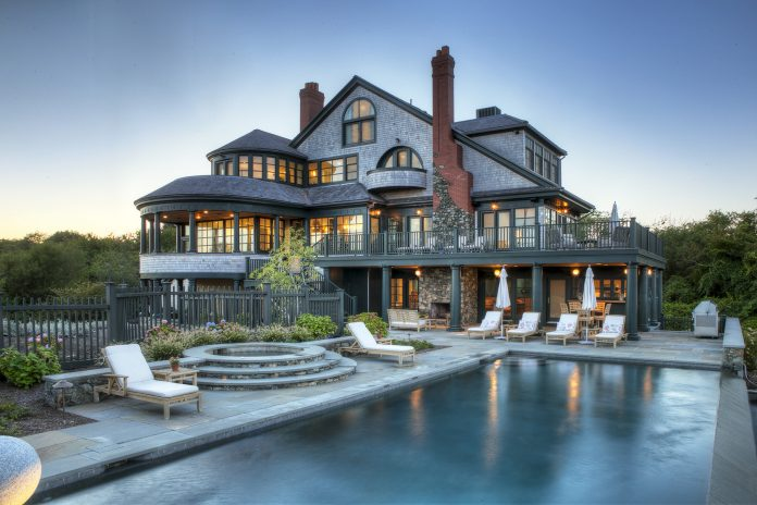 THE PROPERTY AT 146 Brenton Ave. in Newport has sold for $7.3 million. / COURTESY GUSTAVE WHITE SOTHEBY'S INTERNATIONAL REALTY