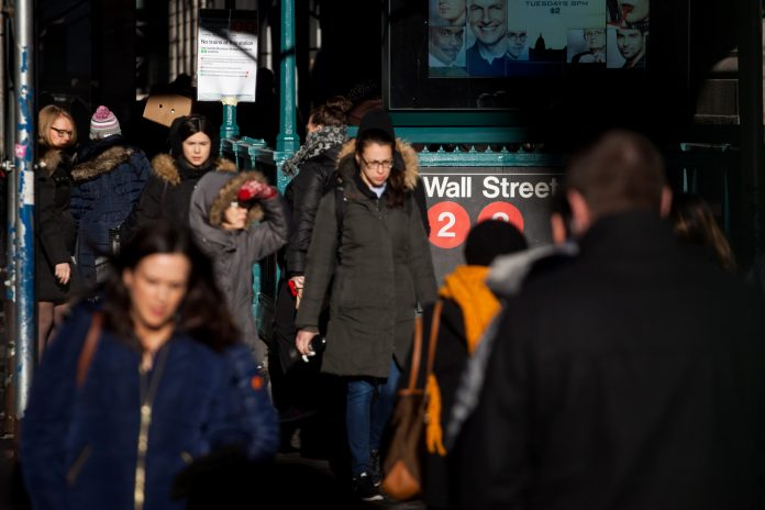 THE DOW JONES INDUSTRIAL AVERAGE hit 2019 highs Monday after strong manufacturing data from China boosted sentiment that the global economy is not slowing down as much as has been anticipated. / BLOOMBERG NEWS FILE PHOTO/MICHAEL NAGLE