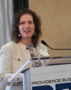 RECOGNIZED AS OUTSTANDING MENTOR BOND Brothers Project Executive Kimberly Silvestri delivers remarks to attendees at the 2019 PBN Business Women Awards event Thursday. / PBN PHOTO/PAMELA BHATIA