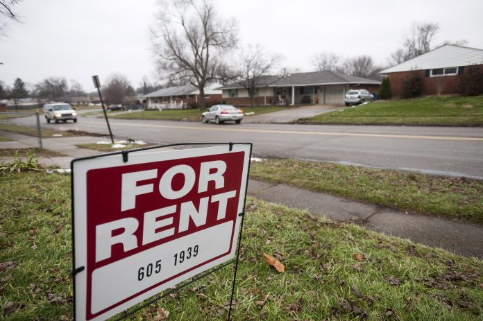 THE MOST expensive month to rent an apartment or home in the Providence metro area was in March, when renters pay a 2.2% monthly premium. / BLOOMBERG NEWS FILE PHOTO/ TY WRIGHT