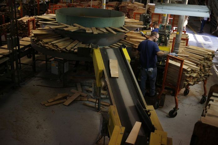 THE NEW YORK Fed's Empire State Manufacturing Survey's main index fell by 26.4 points, the largest monthly decline on record, to minus 8.6 in June. / BLOOMBERG NEWS FILE PHOTO/LUKE SHARRETT