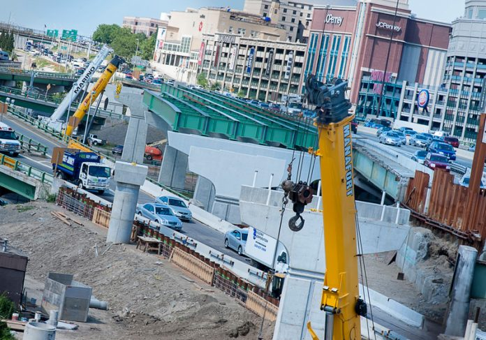 THE R.I. GENERAL ASSEMBLY passed bills authorizing up to $200 million in GARVEE bonds for the reconstruction of the viaduct that carries !-95 north through downtown Providence. Above, construction on the Providence Viaduct carrying I-95 south. / PBN FILE PHOTO/MICHAEL SALERNO