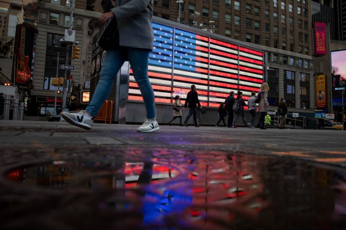 U.S. STOCKS climbed the most since January Tuesday. / BLOOMBERG NEWS FILE PHOTO/ MICHAEL NAGLE