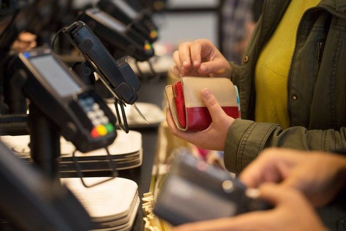 UNITED STATES consumer debt expanded $17.5 billion in April. / BLOOMBERG NEWS FILE PHOTO