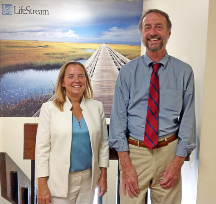 BONNIE MELLO, left, has been named CEO and president of LifeStream. She succeeds John Lataweic, right, who retired on Aug. 11. / COURTESY LIFESTREAM