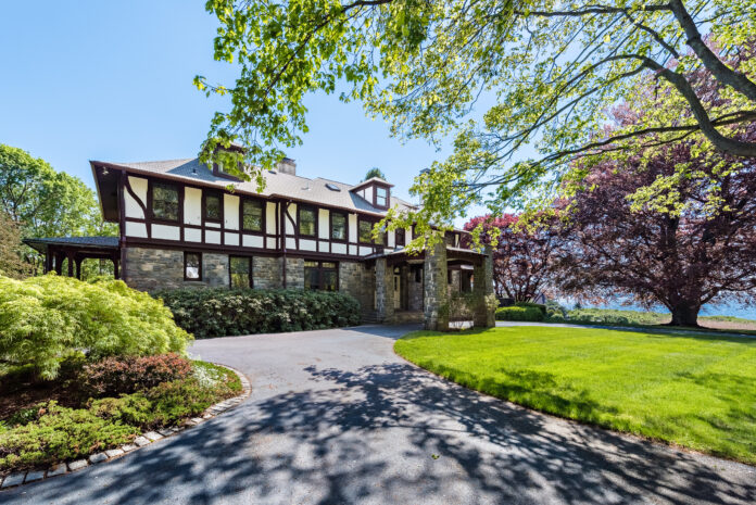 THE HOME AT 305 RUMSTICK Road in Barrington has sold for $2.8 million. / COURTESY MOTT & CHACE SOTHEBY'S INTERNATIONAL REALTY