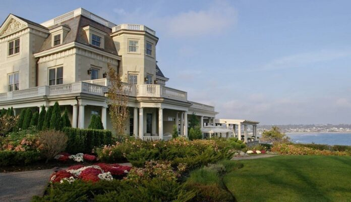 THE CHANLER at Cliff Walk was voted the best hotel in New England in the Conde Naste Traveler Readers' Choice Awards. / COURTESY THE CHANLER AT CLIFF WALK
