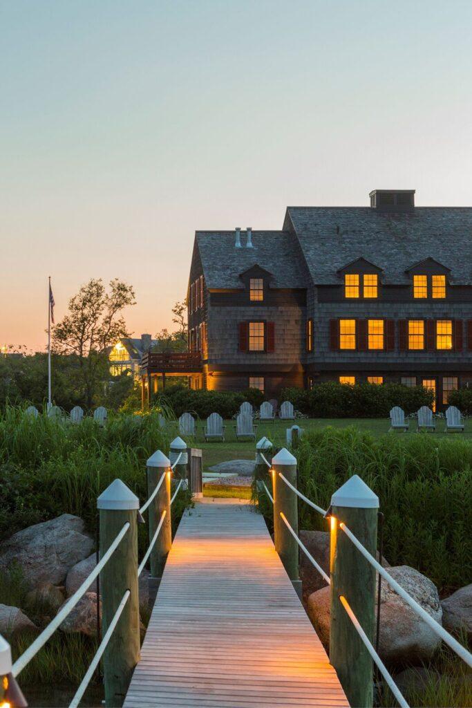 THE GARDEN ROOM at Weekapaug Inn was named among the best hotel bars in the world by Forbes. / COURTESY WEEKAPAUG INN