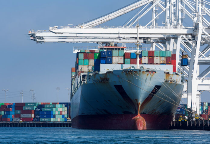 THE U.S. GOODS TRADE deficit decreased to $66.5 billion in October from $70.5 billion the prior month. / BLOOMBERG NEWS FILE PHOTO/TIM RUE